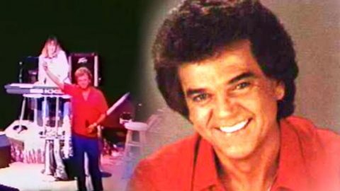 Conway Twitty – Julia (WATCH) | Country Music Videos