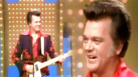 Conway Twitty – Maybelline   Country Music Videos