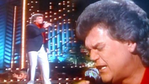 Conway Twitty – Somebody's Needin' Somebody (Live 1984) | Country Music Videos
