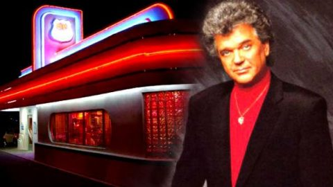 Conway Twitty – You Are To Me (WATCH) | Country Music Videos