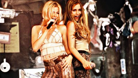 LeAnn Rimes Gets Wild In 'Coyote Ugly' Like Bar Dance | Country Music Videos