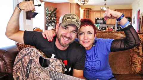 Craig Campbell Writes Inspiring Song With Cancer Survivor | Country Music Videos