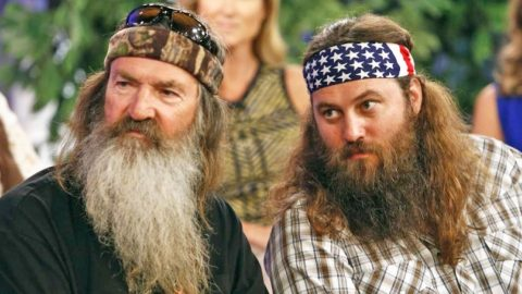 Phil & Willie Robertson Go Head To Head In Political Debate | Country Music Videos