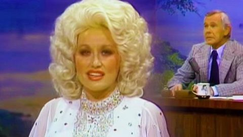Dolly Parton – Gets Real About Her Bosoms   Country Music Videos