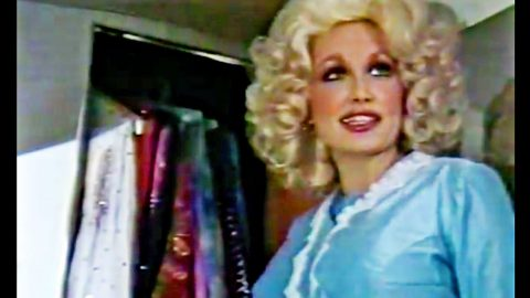 Rare Footage Has Dolly Parton Showing Off Her 1970s Tour Bus | Country Music Videos