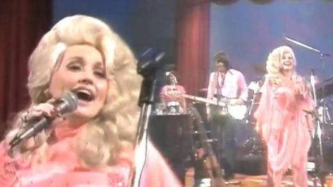 Dolly Parton – How Does It Feel | Country Music Videos