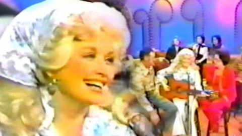 Dolly Parton – In The Pines on The Dolly Show With Her Family (VIDEO)   Country Music Videos