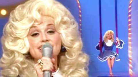 Dolly Parton – Knock Three Times (WATCH) | Country Music Videos