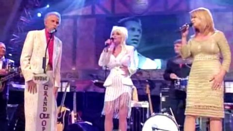 Dolly Parton, Porter Wagoner and Patty Loveless – Just Someone I Used To Know (Grand Ole Opry Live) (WATCH) | Country Music Videos