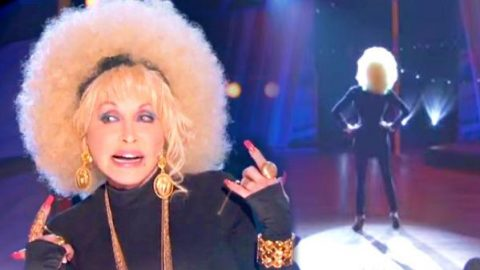 Dolly Parton Raps on The Queen Latifah Show (WATCH) | Country Music Videos