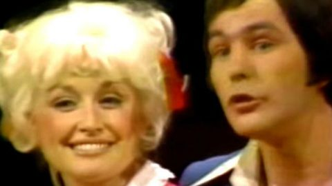 Dolly Parton and Jim Stafford – Spiders and Snakes | Country Music Videos