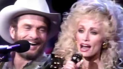 Dolly Parton and Merle Haggard – Medley (On The Dolly Show 1987/88) (VIDEO)   Country Music Videos