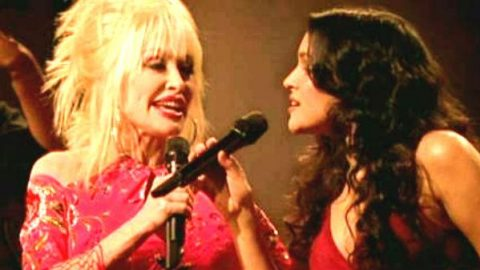 Dolly Parton and Norah Jones – Creepin' In (WATCH) | Country Music Videos