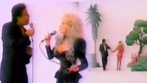 Dolly Parton and Smokey Robinson – I Know You By Heart (VIDEO) | Country Music Videos