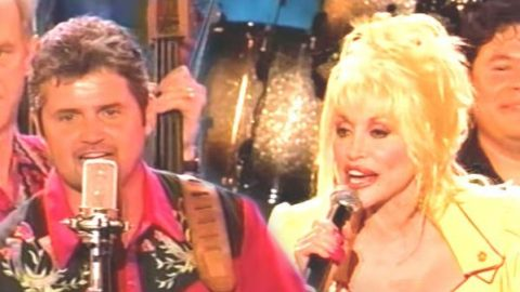Dolly Parton and The Grascals – Viva Las Vegas (Live at CMA Music Fest) (VIDEO) | Country Music Videos