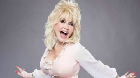 Dolly Parton Uses ACM Awards To Practice For Her Upcoming Wedding   Country Music Videos