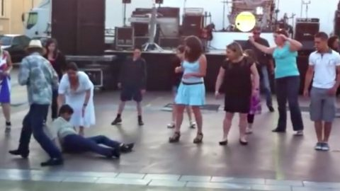 Woman Attempts To Line Dance After One Too Many Drinks | Country Music Videos