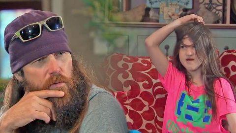 A&E Releases HILARIOUS Preview Of Duck Dynasty Premiere | Country Music Videos