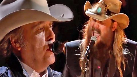 Chris Stapleton & Dwight Yoakam Take The CMAs By Storm With 'Seven Spanish Angels' | Country Music Videos