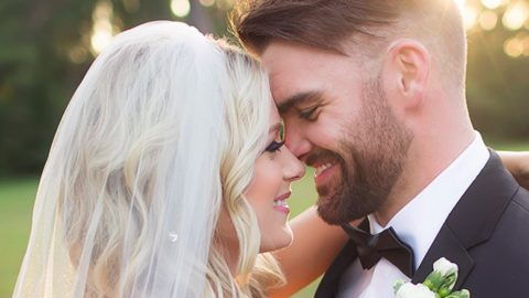 Country Newcomer Gets Married In Stunning Outdoor Ceremony | Country Music Videos