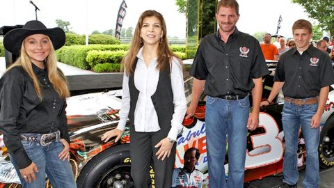 Earnhardt's Widow Wages War On Son With Statement | Country Music Videos