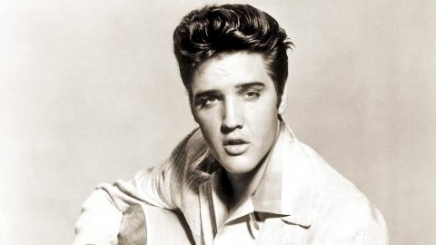 A Tribute To Elvis Presley's Tragic Hit Song, 'Heartbreak Hotel' | Country Music Videos