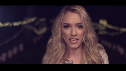 'Voice' Star's Cover Of 'Silent Night' Is A Stunning Reminder Of The First Christmas | Country Music Videos