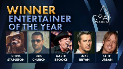 2017 CMA Award For Entertainer Of The Year Announced | Country Music Videos