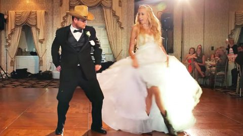 Bride & Groom Pull Off Ultimate Surprise With 'Footloose' Wedding Dance | Country Music Videos