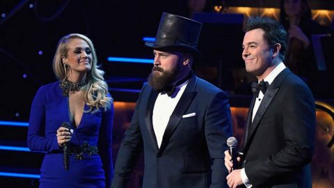 Zac Brown, Carrie Underwood, & Seth McFarlane Perform Medley Of Frank Sinatra Hits | Country Music Videos