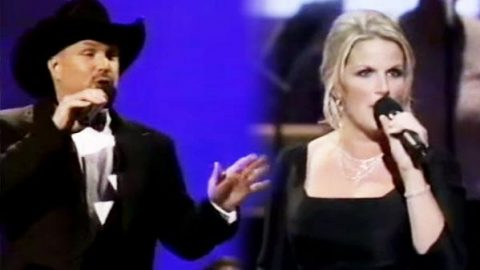 Garth Brooks and Trisha Yearwood – Louisiana Woman, Mississippi Man | Country Music Videos