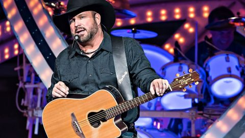 Garth Brooks Invites Newlyweds To His Home For Dinner | Country Music Videos