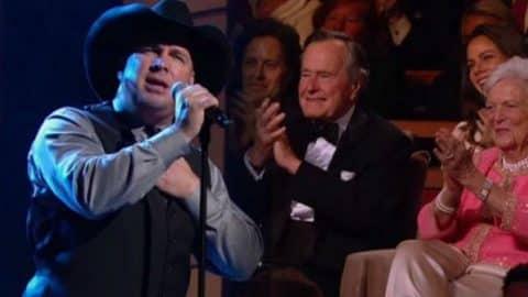 Garth Brooks – America The Beautiful (VIDEO)   Country Music Videos