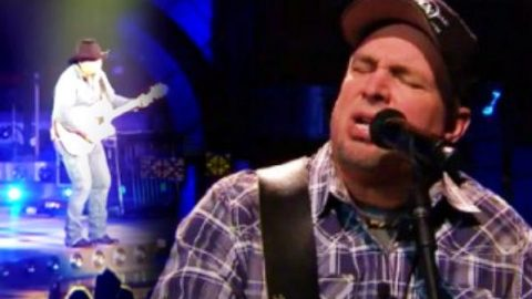 Garth Brooks – Night Moves | Country Music Videos