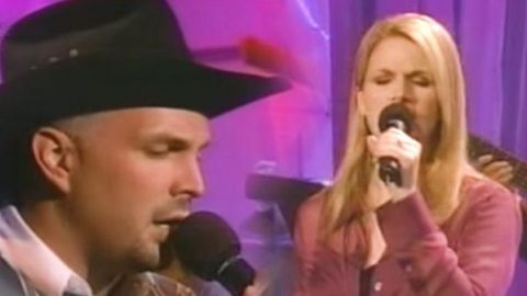 Garth Brooks and Trisha Yearwood – In Another's Eyes (VIDEO) | Country Music Videos