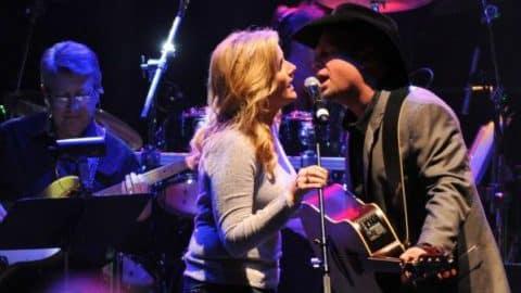 Garth Brooks and Trisha Yearwood – Take Me (VIDEO) | Country Music Videos