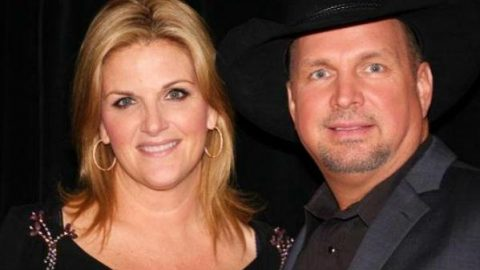 Garth Brooks and Trisha Yearwood Perform for Nashville Songwriter Hall Of Fame Ceremony (VIDEO) | Country Music Videos