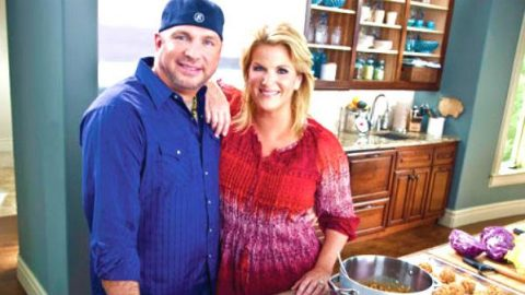 Garth Brooks on Trisha\'s Southern Kitchen (WATCH) | Country Rebel