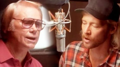 George Jones and Alan Jackson – DUET – A Good Year For The Roses | Country Music Videos