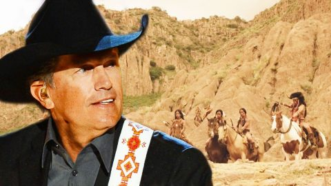 """George Strait Honors The History Of His Home State With """"Take Me To Texas"""" (WATCH) 
