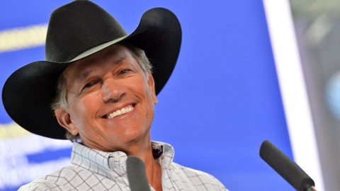 George Strait Makes Generous Donations To Texas Kids | Country Music Videos