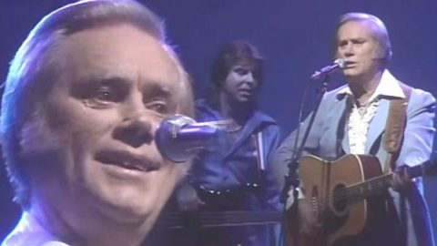 George Jones – Wine Colored Roses (WATCH) | Country Music Videos