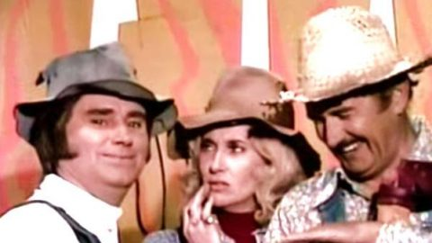 George Jones, Tammy Wynette and Archie Campbell – Where Are You Tonight? (WATCH) | Country Music Videos