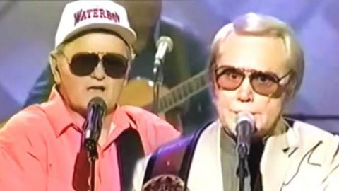 George Jones and Jerry Reed – I'm Ragged But I'm Right (Live) (VIDEO) | Country Music Videos
