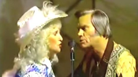 George Jones and Tammy Wynette – Two Story House (VIDEO) | Country Music Videos
