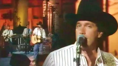 George Strait – All My Ex's Live In Texas (Live) | Country Music Videos