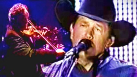 George Strait – Carried Away (An Evening With George, 1999) (WATCH)   Country Music Videos