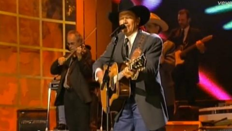 George Strait – Don't Make Me Come Over There And Love You (VIDEO) | Country Music Videos
