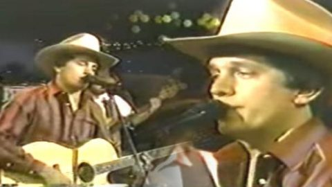George Strait – Fool Hearted Memory [Live]   Country Music Videos
