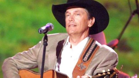 George Strait – It Ain't Cool To Be Crazy About You | Country Music Videos